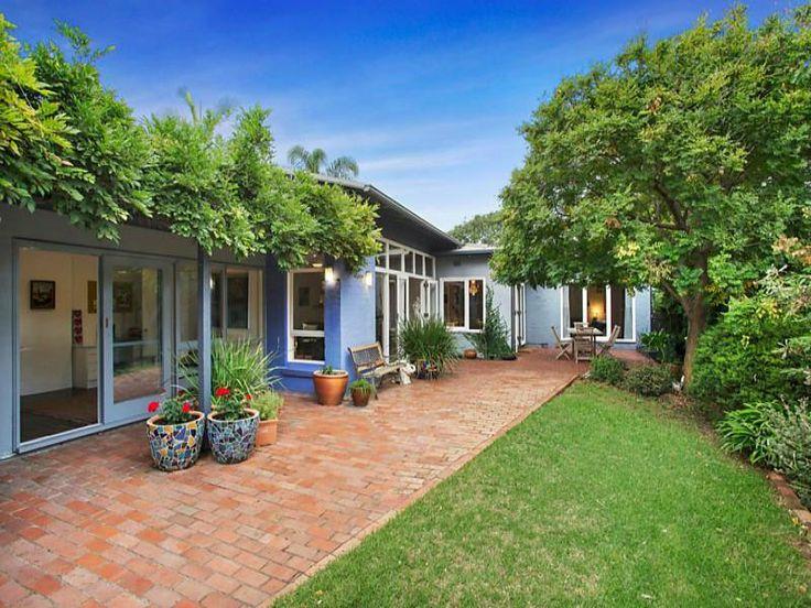 8 Cromer Road Beaumaris Vic 3193 - House for Sale #116453375 - realestate.com.au