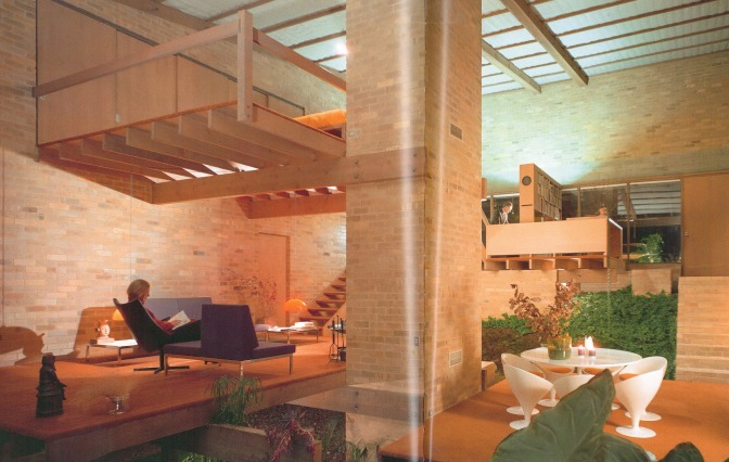 Robin Boyd's Featherston House - Scan from 'Living in Australia'